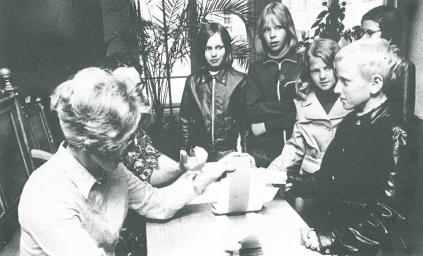 Ensimmäiset pojat ilmoittautuvat Myllytullin kouluun